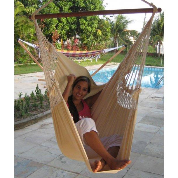 Naturvit hängande stol i tyg